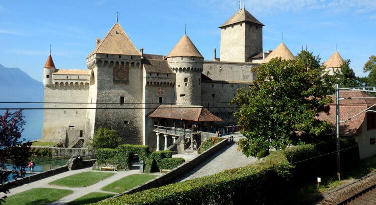 castello chillon montreux lago ginevra