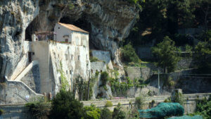 visita costiera amalfitana abbazia santa maria olearia